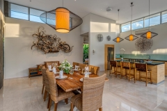 Villa Aramanis - Indah, Dining and kitchen