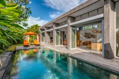 Villa Aramanis - Indah, Pool and villa
